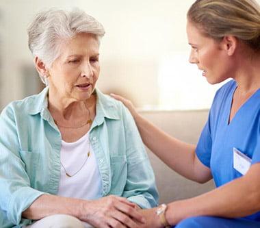 Există o legătură între afecțiunile gingivale grave și boala Alzheimer? Se pare că da!