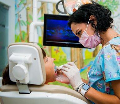 Auch, mă doare!...  8.De ce se face sigilarea dinților și când?